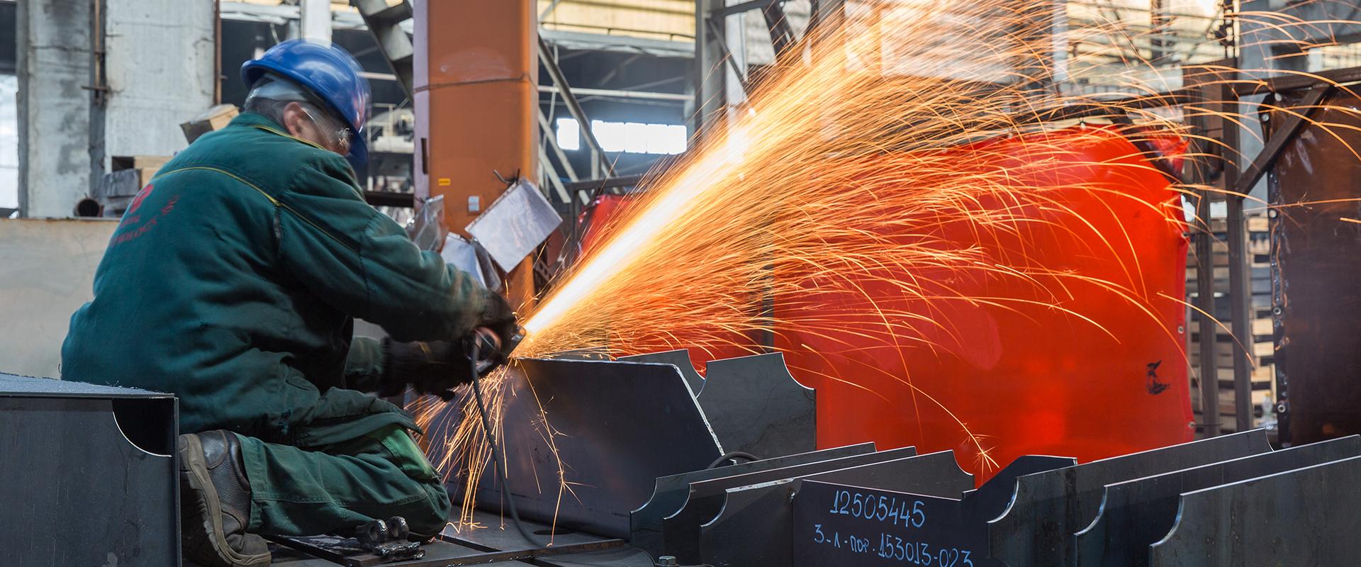 Machining large metal construction
